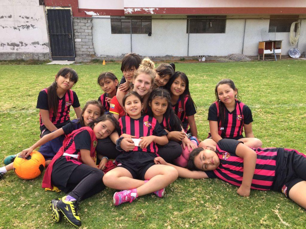 Foto voetbal meisjes Iris