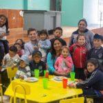 Er staan inmiddels 50 kinderen en een aantal ouderen ingeschreven in het project en dagelijks krijgen zij een gezonde lunch. Vaak bestaande uit een soep, hoofdgerecht en verse fruitsap.